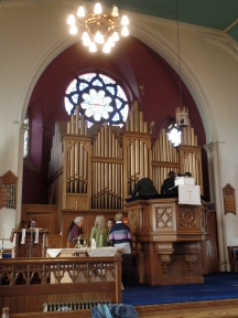Lochee Parish Church organ: 1890 Hill organ